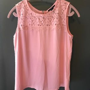 Bubblegum pink tank top with Lace